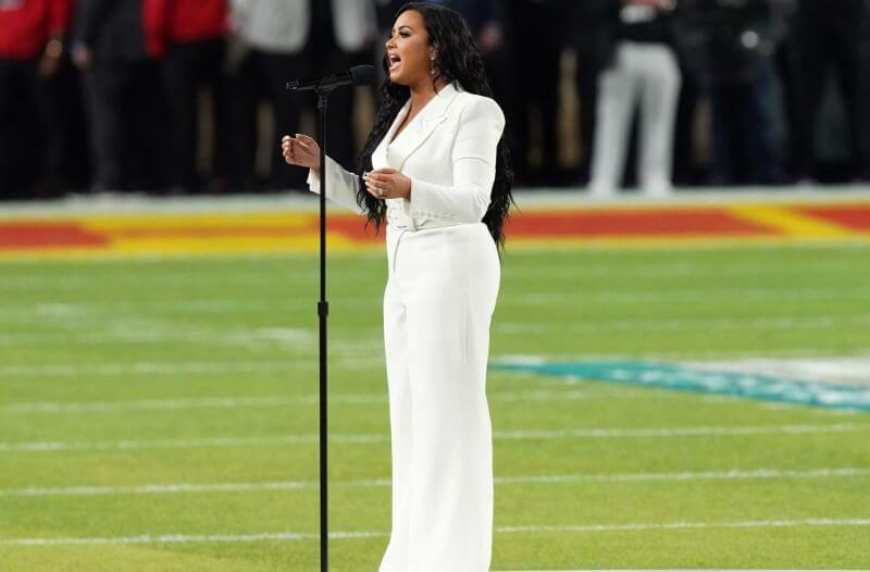 National Anthem Odds: Breaking down Jazmine Sullivan & Eric Church
