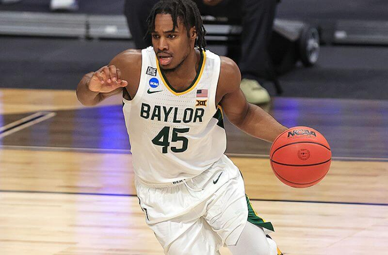 How To Bet - Arkansas vs Baylor Elite Eight Picks: Bears Are Better, But Can They Cover?
