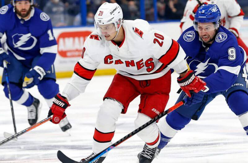 How To Bet - Lightning vs Hurricanes Game 5 Picks and Predictions: Storming Back?