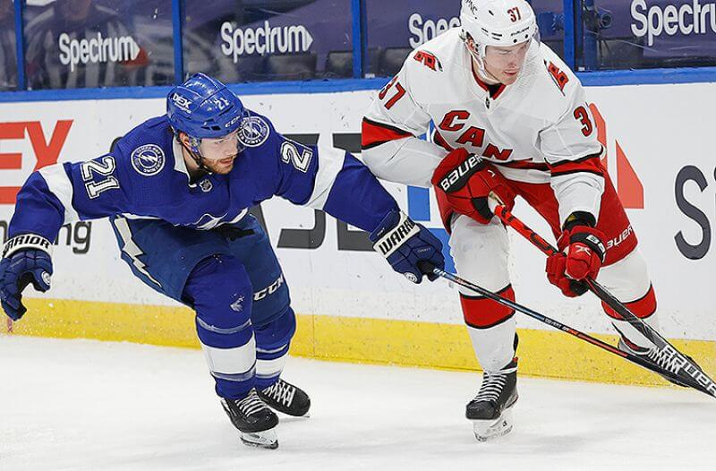 Hurricanes vs Lightning Picks: Carolina Has The Edge to Bounce Back