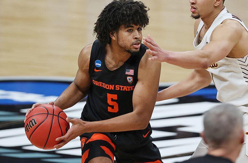 How To Bet - Oregon State vs Houston Elite Eight Picks: Beav-lieve in OSU's ATS Success