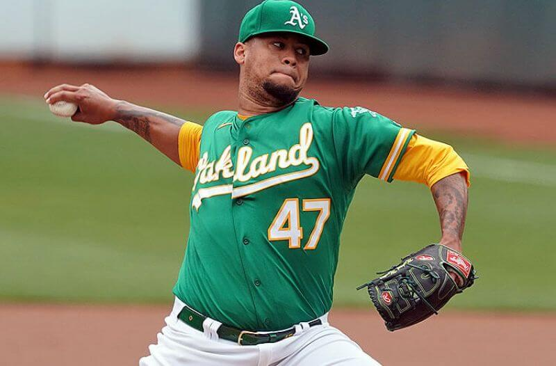 Royals vs Athletics Picks and Predictions: K.C. Offense Is a Mess