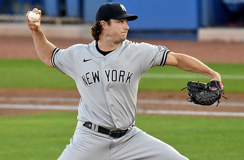 Cy Young Odds: NY Aces Cole, deGrom Remain on Top