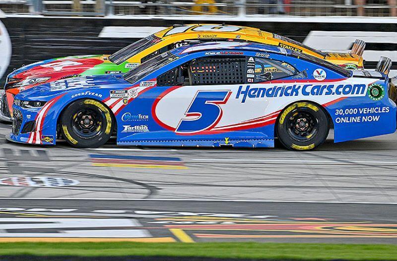 NASCAR Cup Series Odds: Surging Larson Builds Bigger Lead