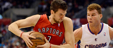 Knicks acquire Bargnani from Raptors; futures hold