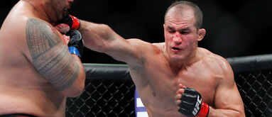 UFC 166 betting: The best main card MMA prop plays