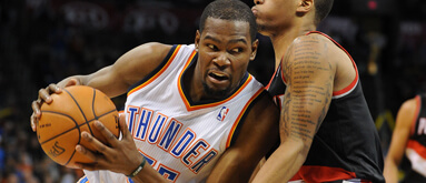 Durant's incredible play keeps OKC cashing, moves MVP odds