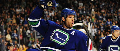 Canucks' Kesler cleared to play; could suit up Friday