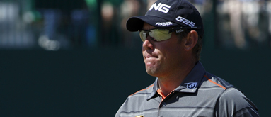 Westwood moves to 7/4 to win British Open, Tiger 2/1