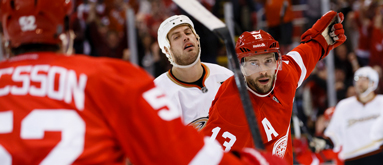 Sunday's NHL action: What bettors need to know