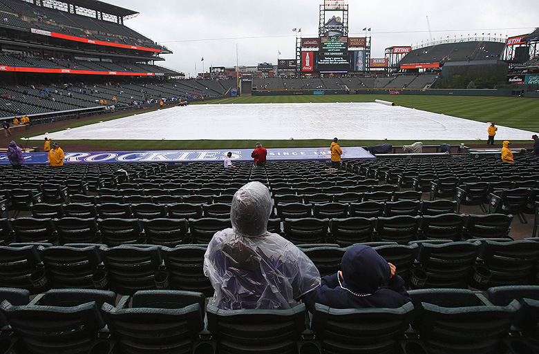 How to handicap weather when betting MLB odds