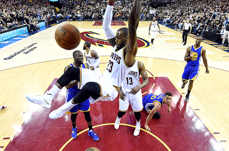 Oddsmakers set a record-high total for Game 1 of Cavaliers-Warriors NBA Finals