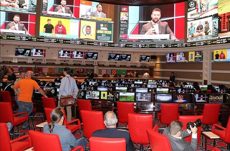 Baseball betting deals a big foul ball to Nevada sportsbooks' bottom line in November