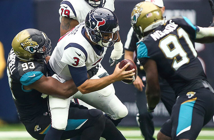 Texans rookie Watson looks to improve after win in 1st start