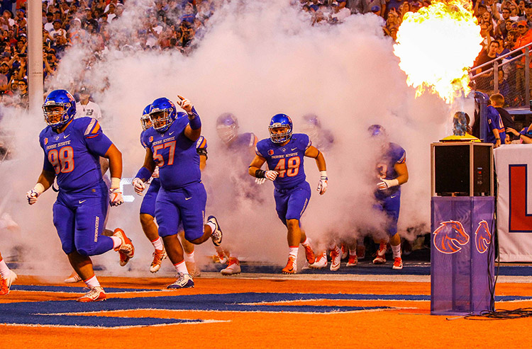Fresno State at Boise State college football betting picks and predictions: Broncos an ultra-rare home dog