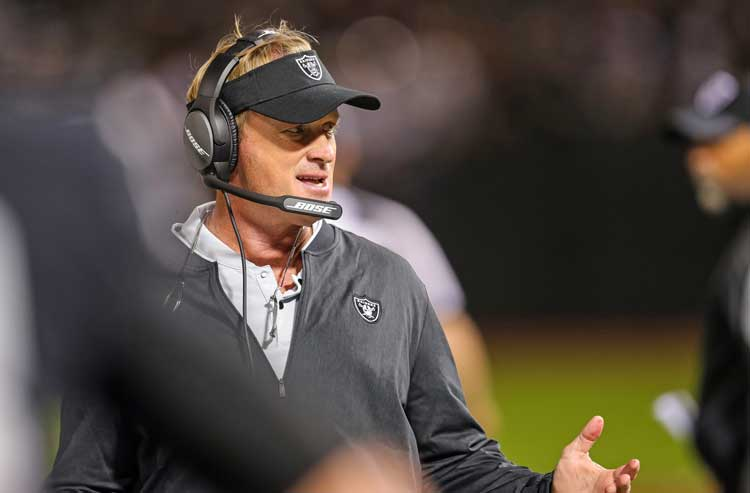 Rams and Raiders not tipping their hands, and Saturday's NFL preseason odds and analysis