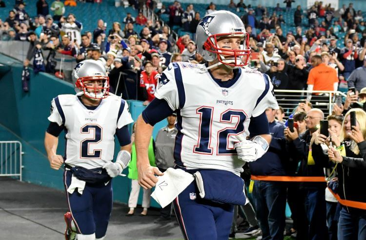 Tom Brady's banged-up hand brings out big bets on the Jaguars