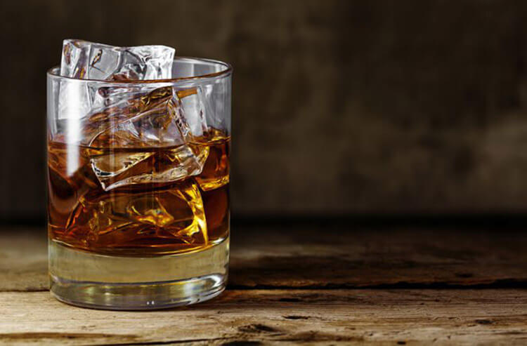 Which brown booze is for you, and how it can enhance your gambling in Vegas