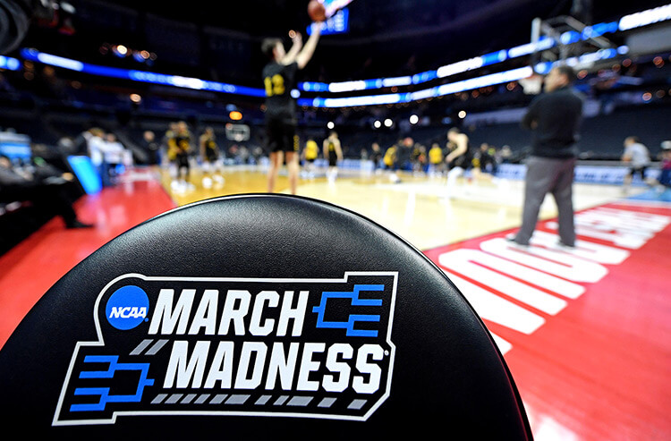 Complete Region NCAA bracket breakdowns: March Madness betting odds and best bets