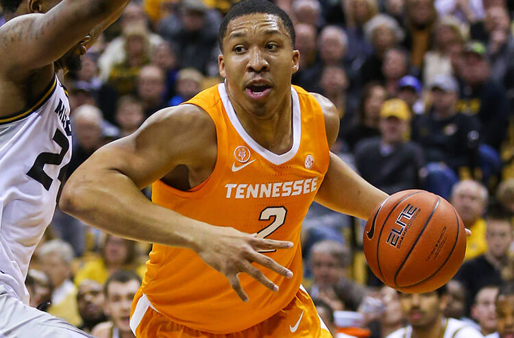 the latest c6b60 3d099 Tennessee far from perfect cover, and this weekend s NCAA basketball odds  and analysis