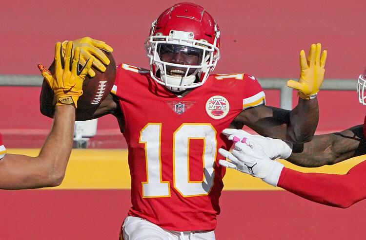 Sunday Night Football picks, predictions: Chiefs vs Raiders