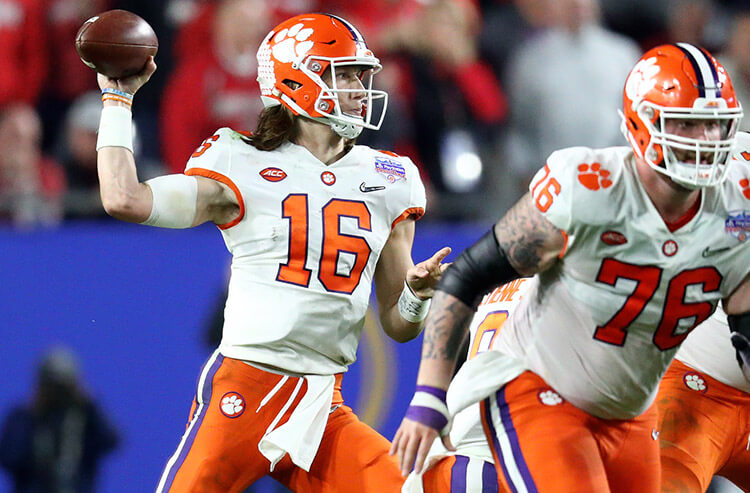 College Football Playoff championship action and odds moves: Constant LSU cash has book needing Clemson