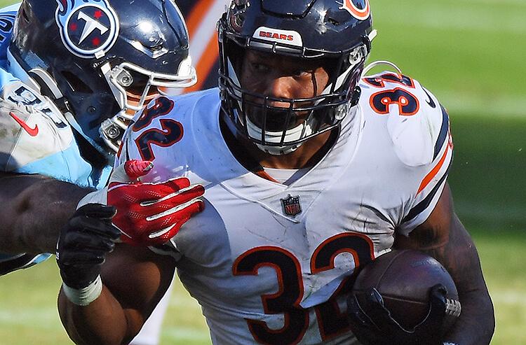 NFL Week 10 Injuries, Weather, Consensus, Pros vs Joes & More