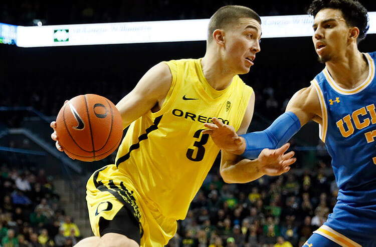 College basketball odds, picks and predictions: Bet on big first half from Oregon